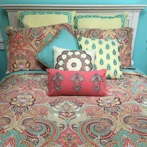 Full Echo Bed Set!!!
